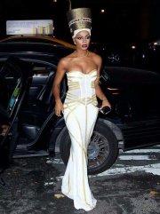 celebrity_B-WRCeHCQAA3QdB